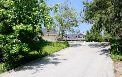 1345 Club House Drive, Pasadena CA: