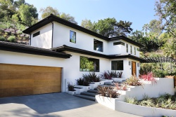 2435 Outpost Drive, Los Angeles CA: