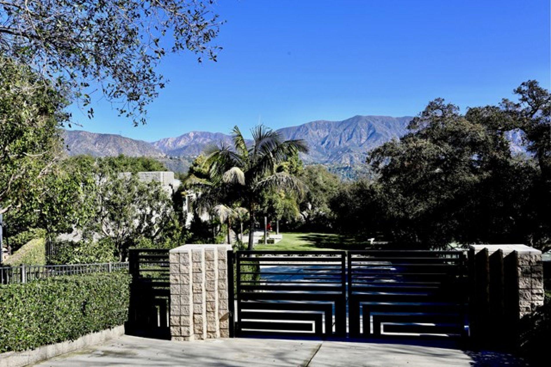 3990 Chevy Chase Drive, La Canada Flintridge CA: