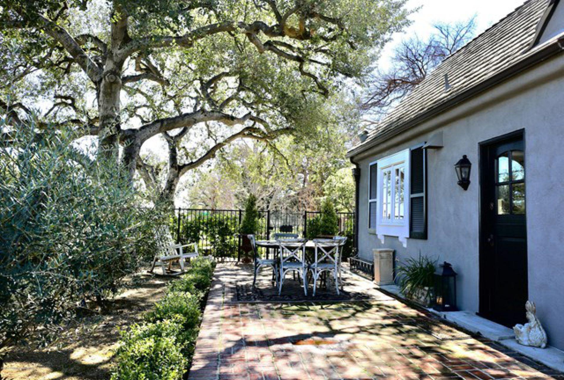 1155 Lida Street, Pasadena CA: